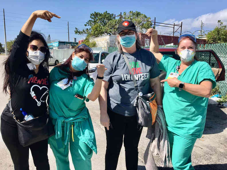 Memorial Hospital Volunteers